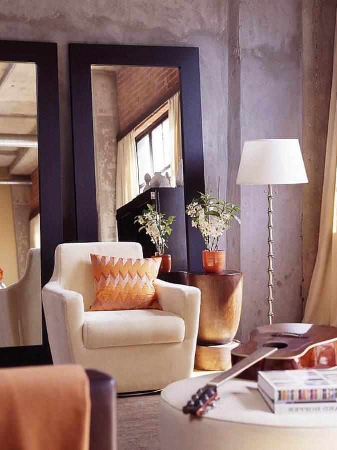 Gương là một giải pháp truyền thống và đơn giản tạo ảo giác về diện tích của căn phòng
